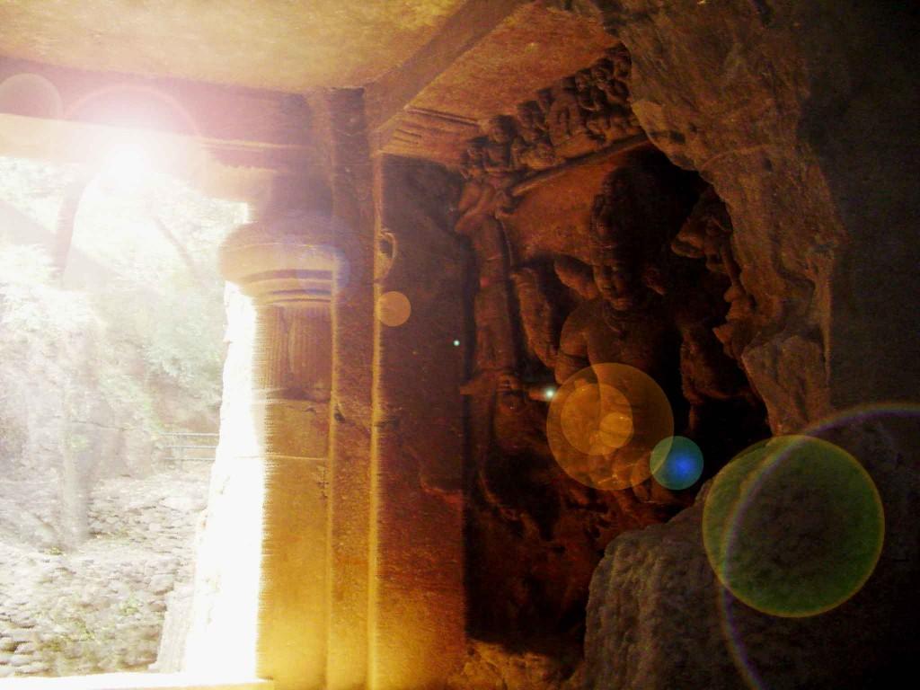 Underground-Buddha